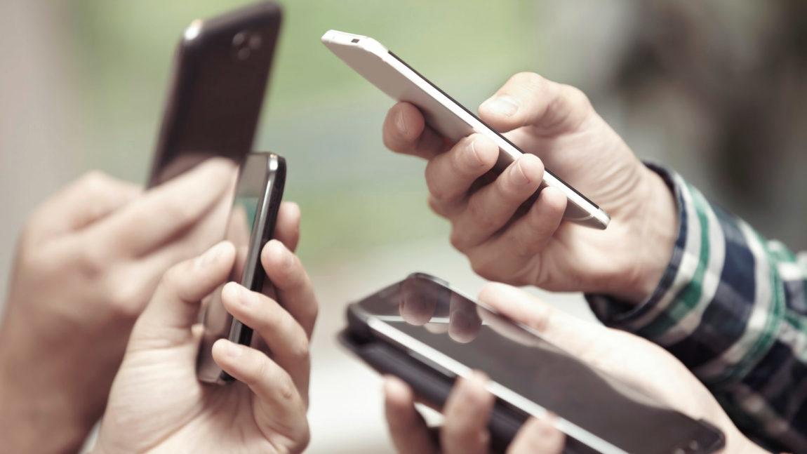 ¿Qué consideran los peruanos a la hora de adquirir un smartphone?